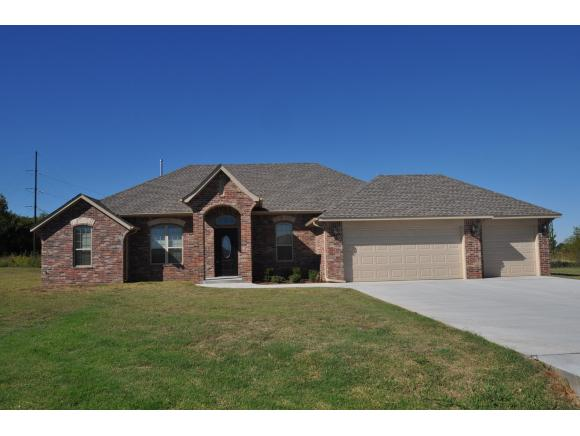 2229 Brahman Cir, Newcastle, OK 73065