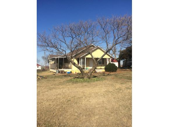 11027 N 2420 Rd, Weatherford, OK 73096