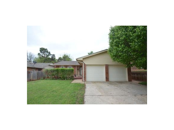 5828 Nw 62nd St, Warr Acres, OK 73122