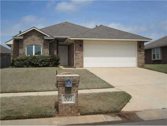 Rental Homes for Rent, ListingId:33879271, location: 521 SW 39th Street Moore 73160