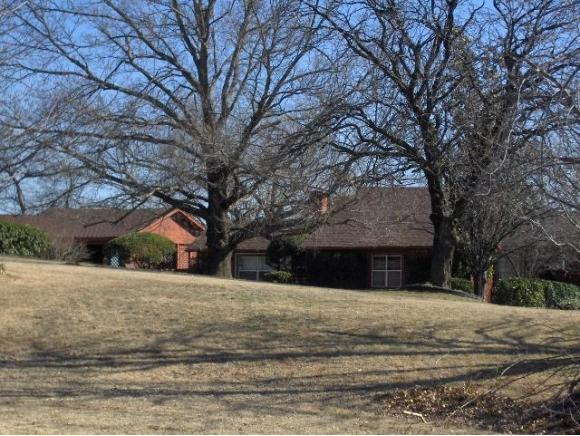 1320 N 4th Ave, Purcell, OK 73080