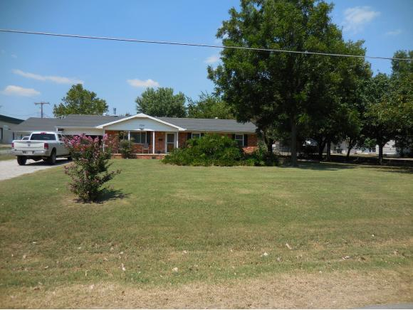 1324 Williams Dr, Sulphur, OK 73086