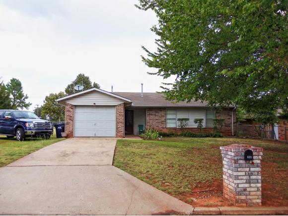 621 W Taylor St, Purcell, OK 73080