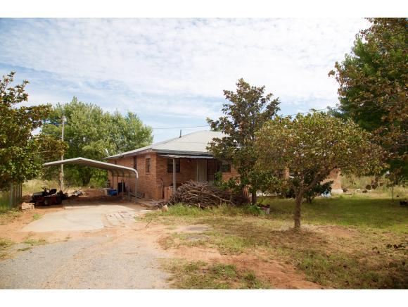 10388 N 2430 Rd, Weatherford, OK 73096