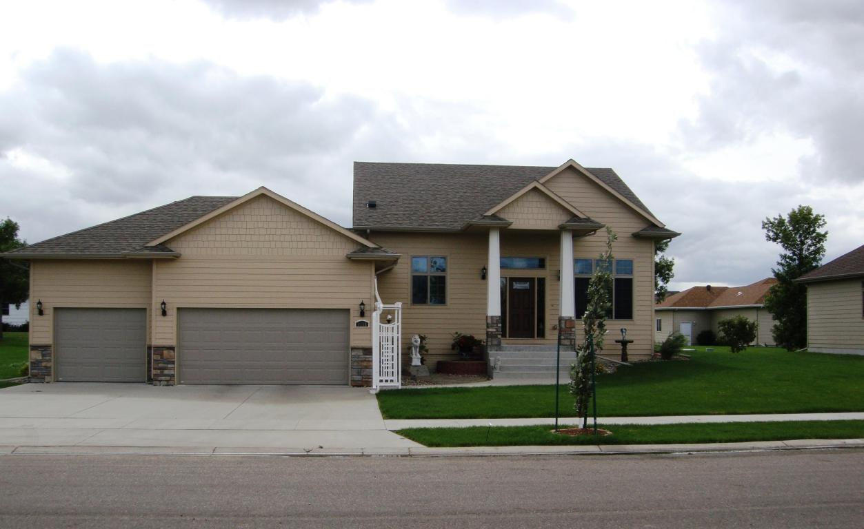 Real Estate for Sale, ListingId: 30578277, Aberdeen,SD57401