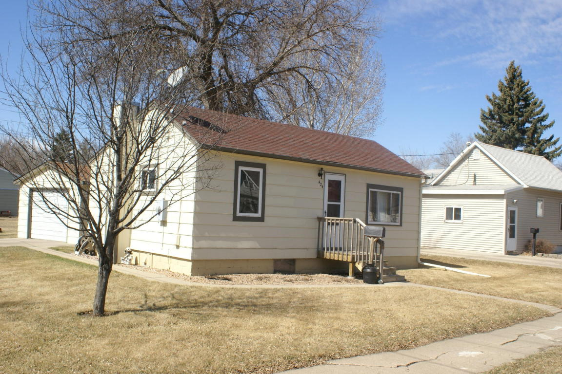 Real Estate for Sale, ListingId: 32545381, Aberdeen,SD57401