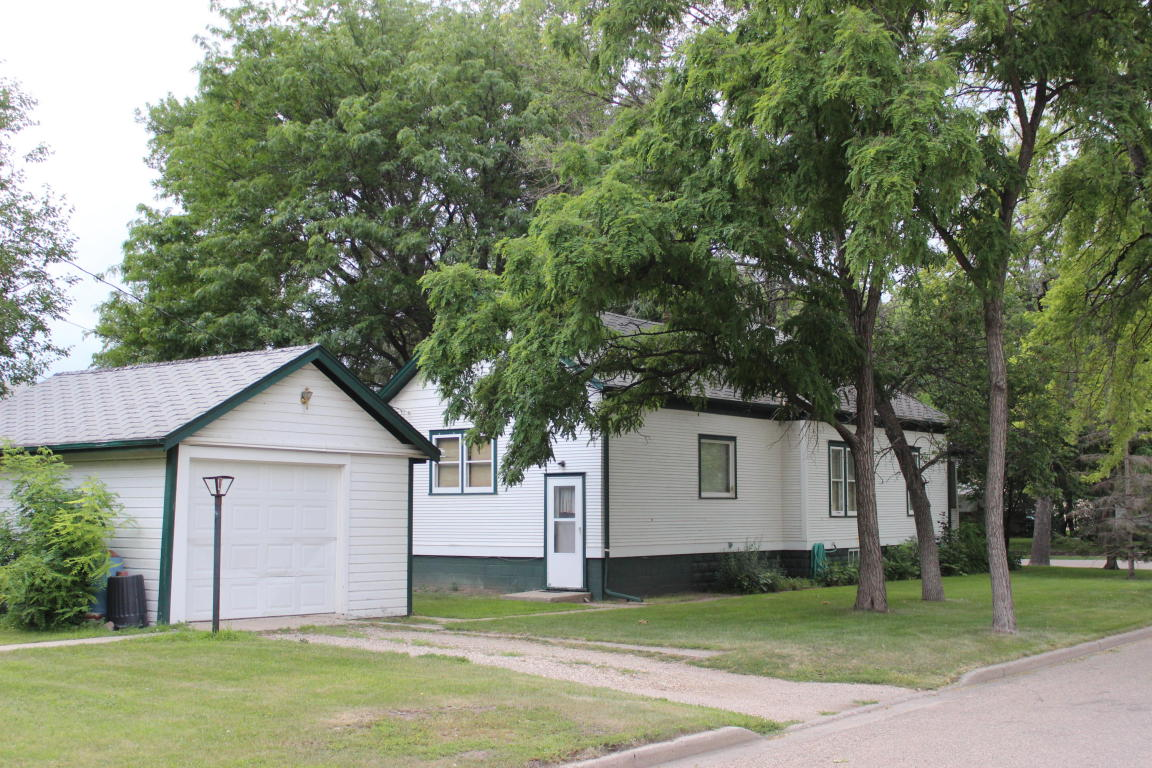 Real Estate for Sale, ListingId: 34407034, Aberdeen,SD57401