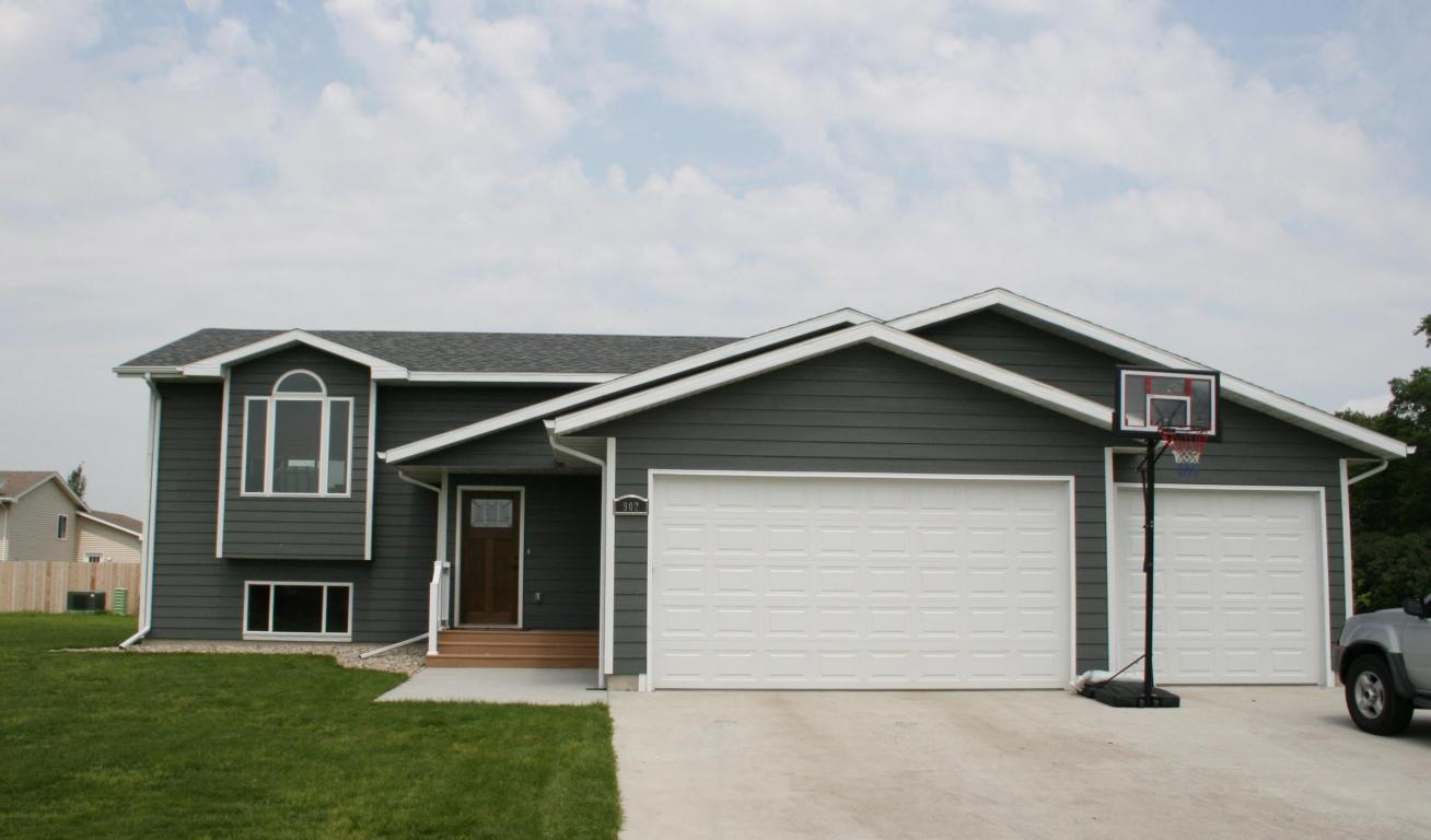 Real Estate for Sale, ListingId: 34411708, Aberdeen,SD57401