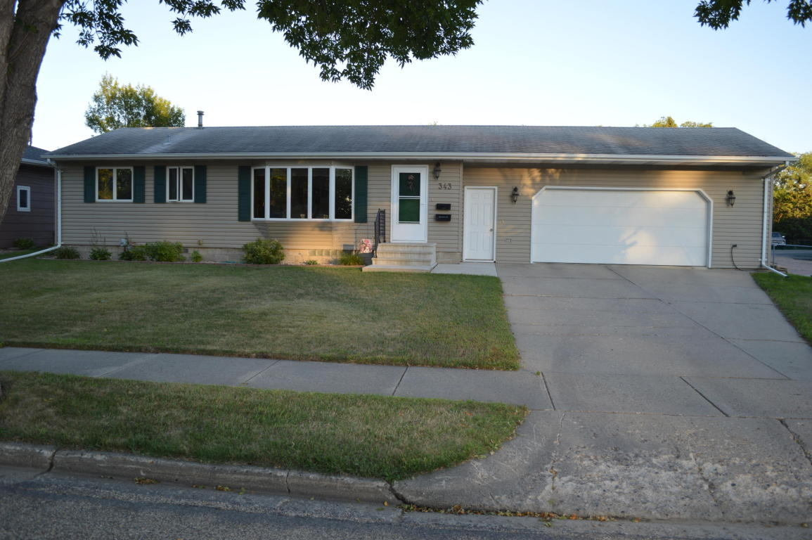 Real Estate for Sale, ListingId: 34982442, Aberdeen,SD57401
