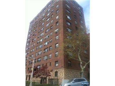 6515 Boulevard E # 1H, West New York, NJ 07093
