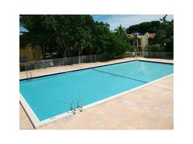 13866 SW 90 Ave # LL104, Miami, FL 33176