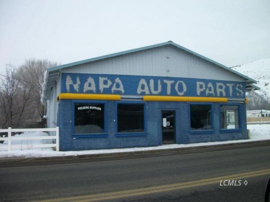 910 N 4th St, Lakeview, OR 97630