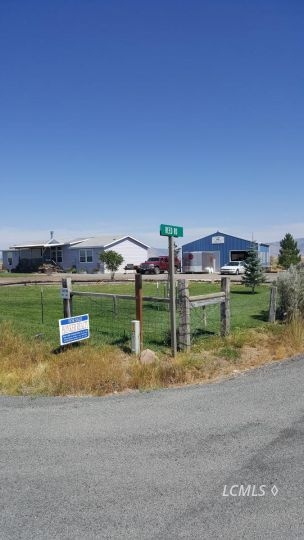 15750 Reed Rd, Lakeview, OR 97630