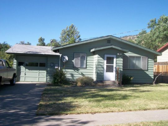 Photo of 844 North 9th  Lakeview  OR