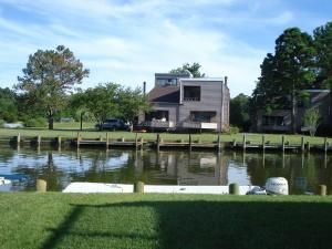438 Ocean Pkwy, Ocean Pines, MD 21811