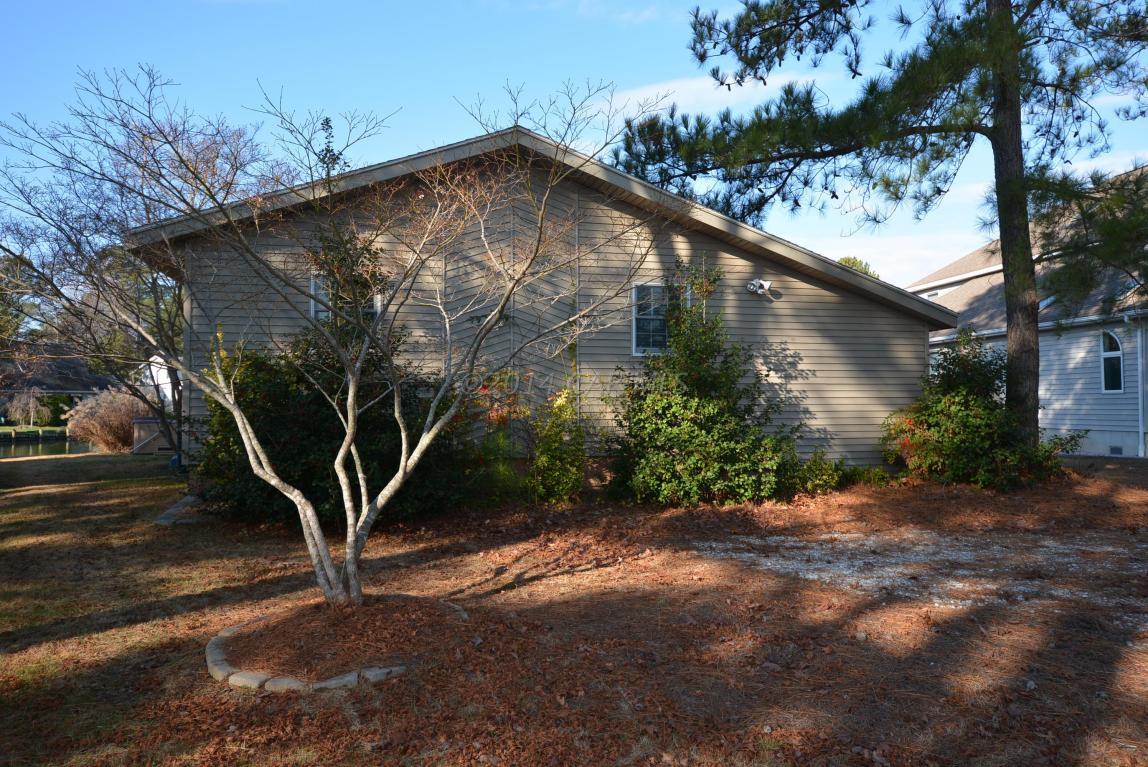 12 Windward Ct, Ocean Pines, MD 21811