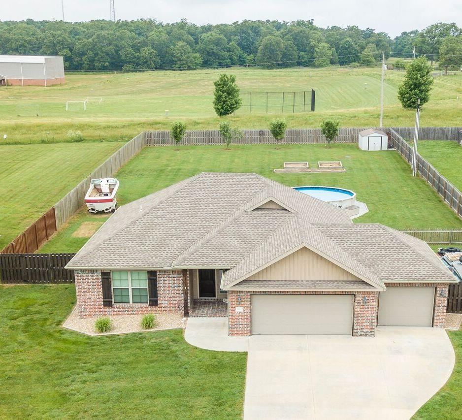 8663 Ruth Ln, Bentonville in Benton County, AR 72712 Home for Sale