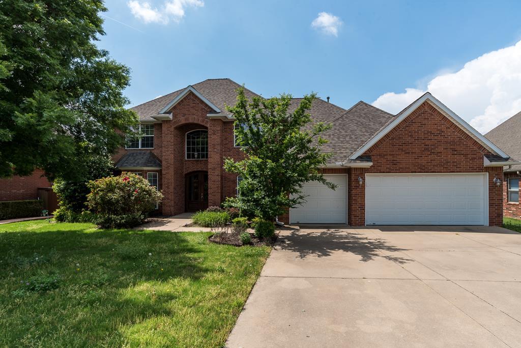 705 Thorncroft Avenue, Bentonville in Benton County, AR 72712 Home for Sale