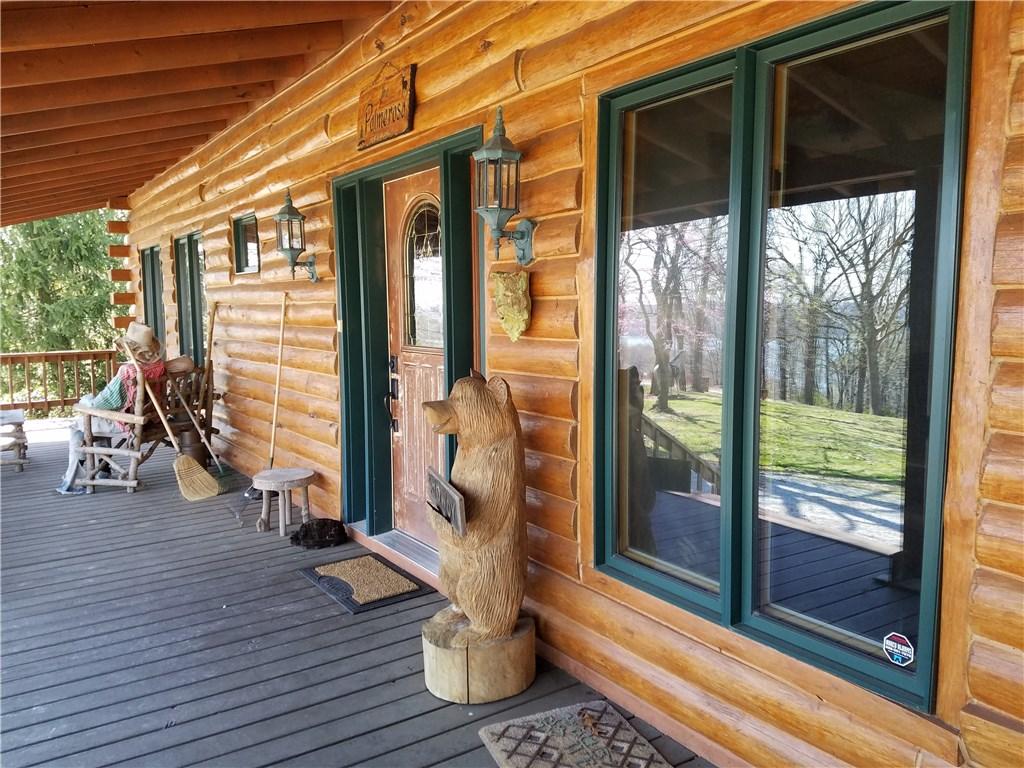 210 Cobblestone Ln, Eureka Springs, AR 72631