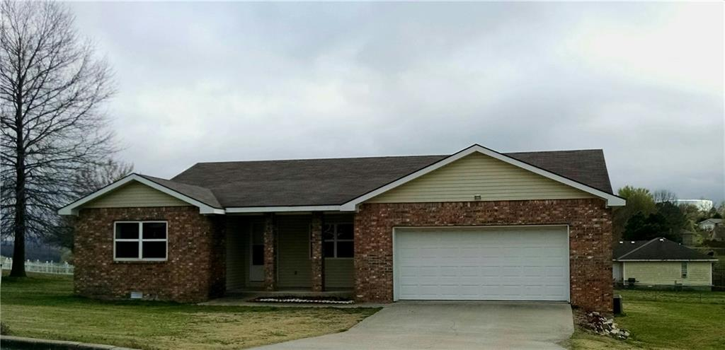 1223 Laura  AVE Berryville, AR 72616
