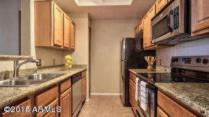 Rental Homes for Rent, ListingId:31980433, location: 3830 E LAKEWOOD Parkway E Phoenix 85048