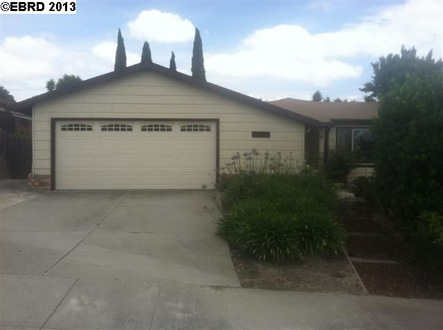 958 Seascape Cir, Rodeo, CA 94572