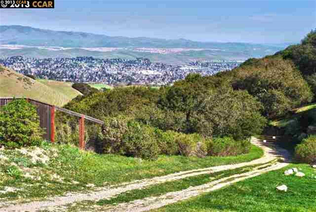 362 acres in San Ramon, California