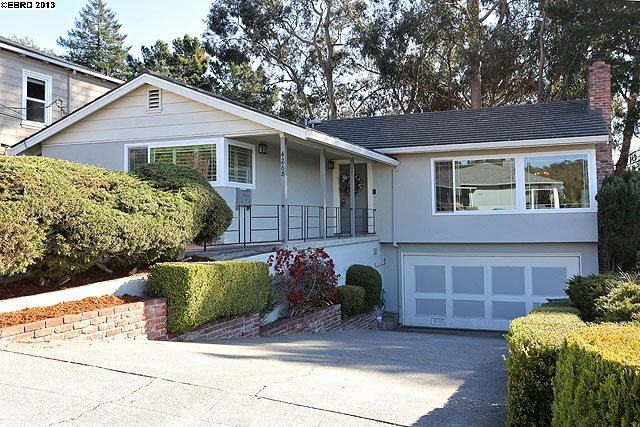 4268 Coolidge Ave, Oakland, CA 94602