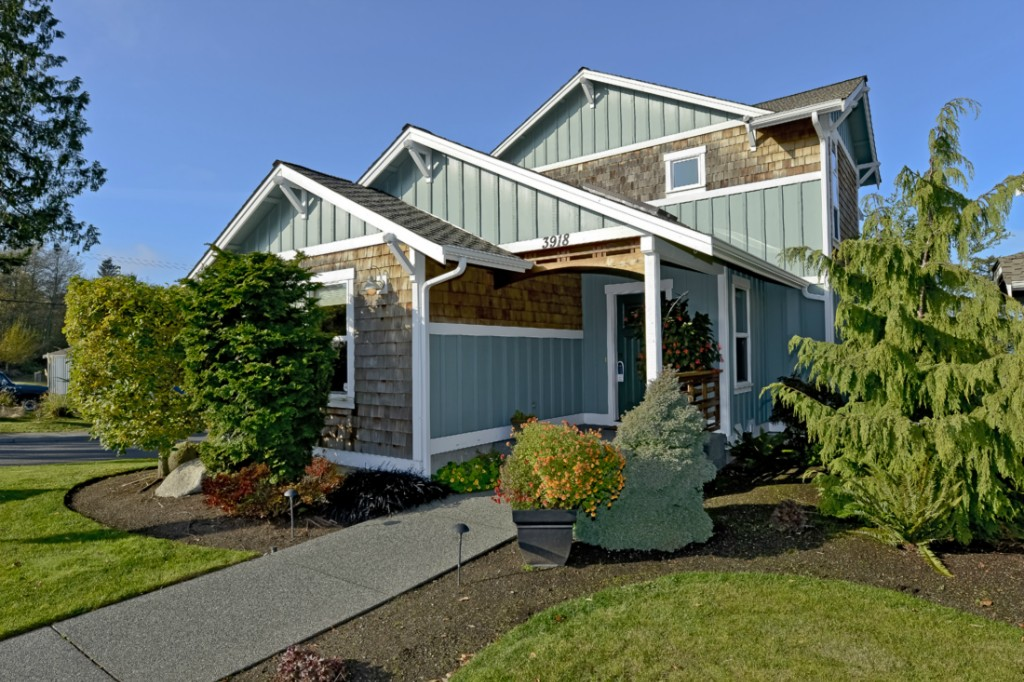 3918 Cottage Pl, Anacortes, WA 98221