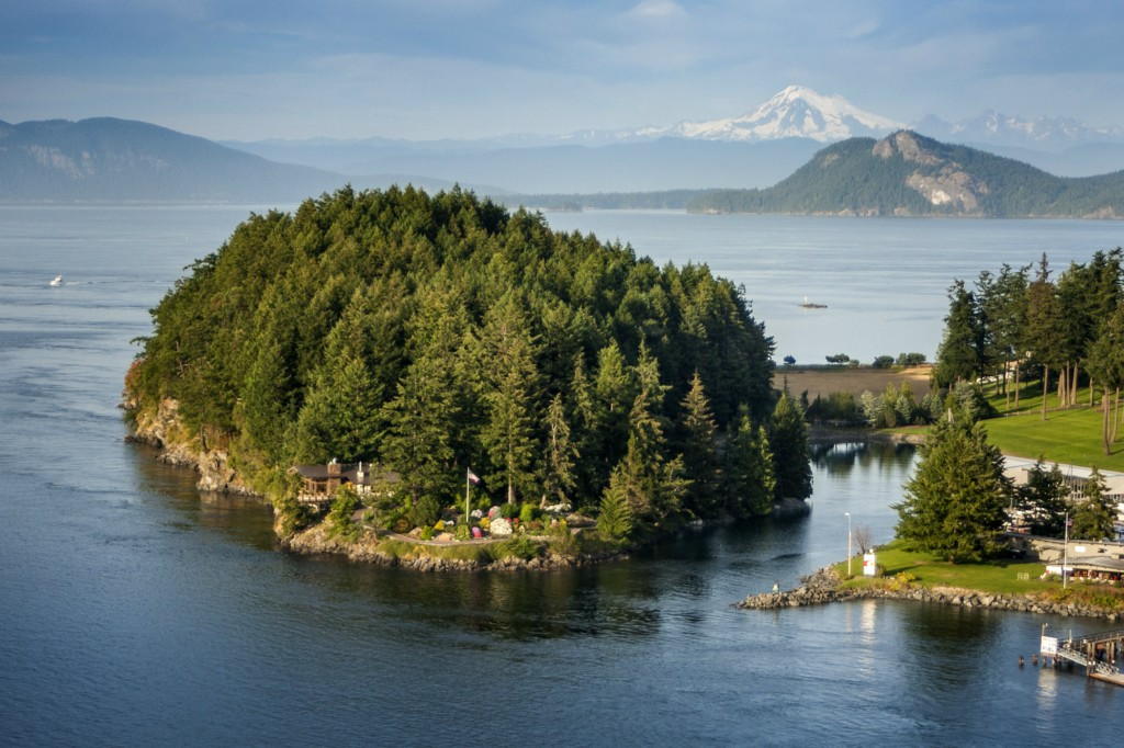 Washington waterfront property in san juan islands orcas for Homes for sale orcas island wa