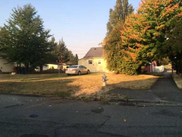 1116 E 38th St, Tacoma, WA 98404
