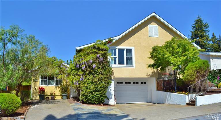 125 La Goma St, Mill Valley, CA 94941