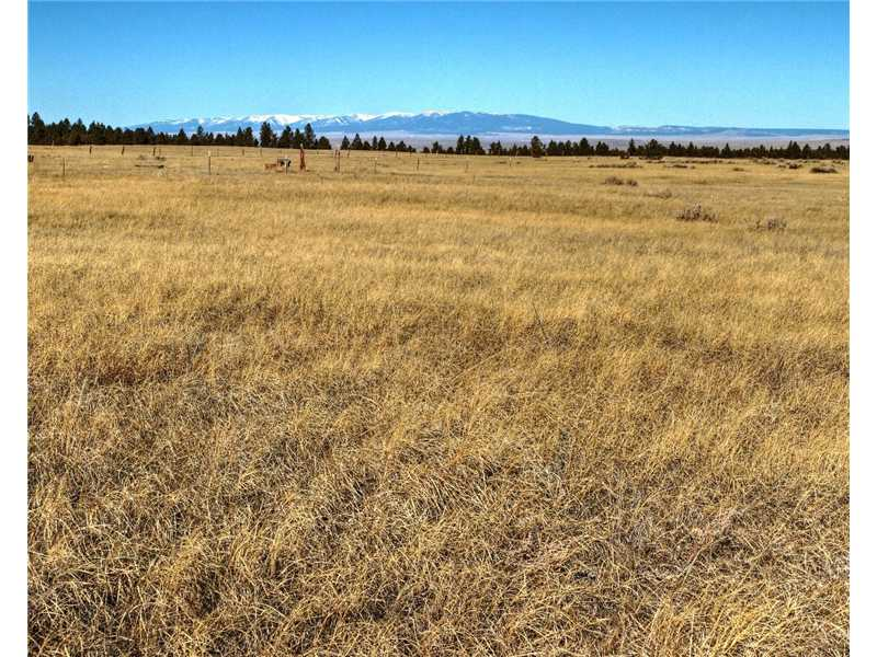 29.7 acres in Lavina, Montana