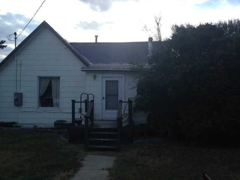 14 1st Ave, Fromberg, MT 59029