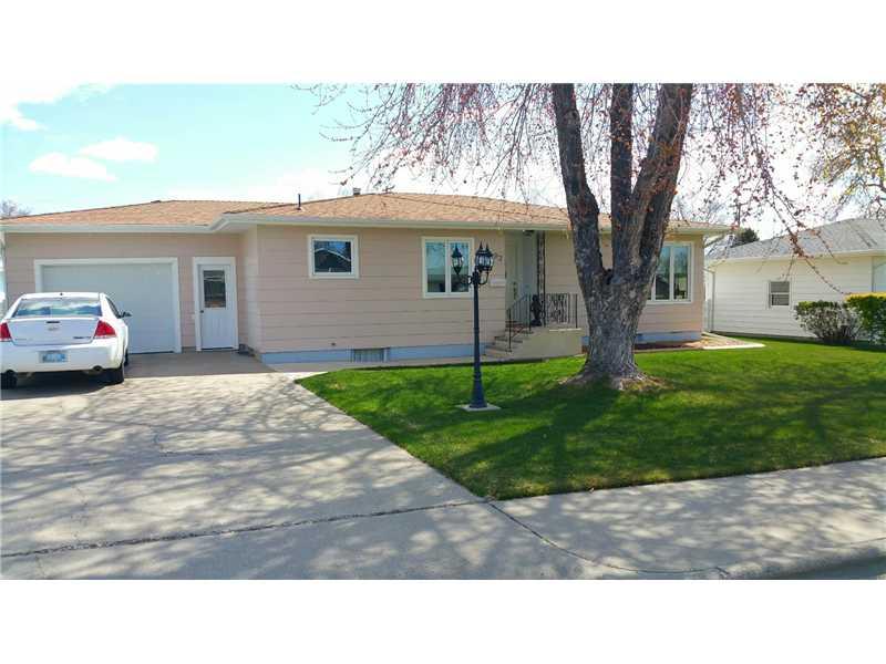 917 6th Ave, Laurel, MT 59044