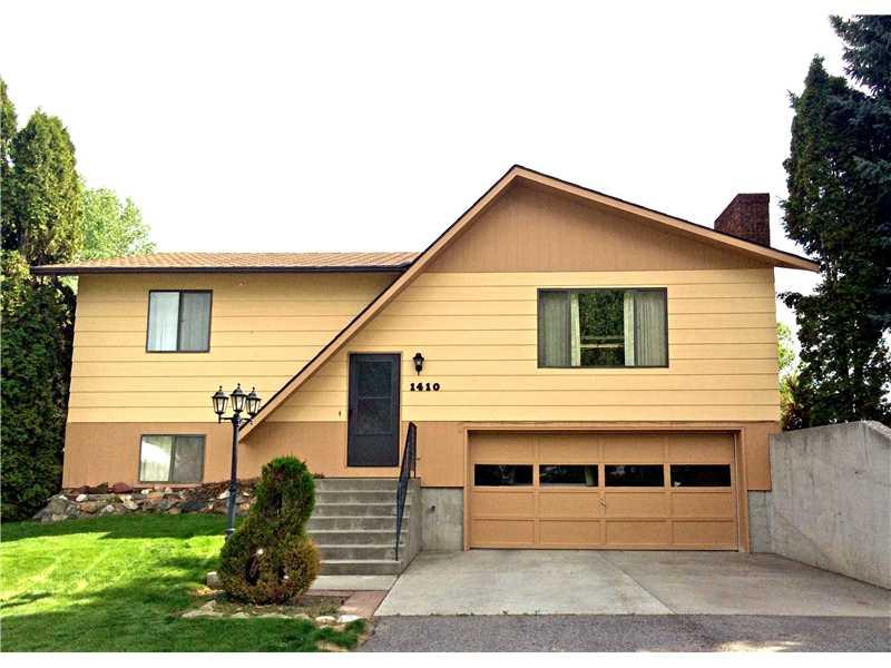 1410 Ridge Dr, Laurel, MT 59044