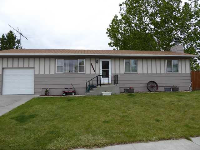 1128 8th Ave, Laurel, MT 59044