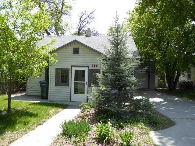 742 Lewis Ave, Billings, MT 59101