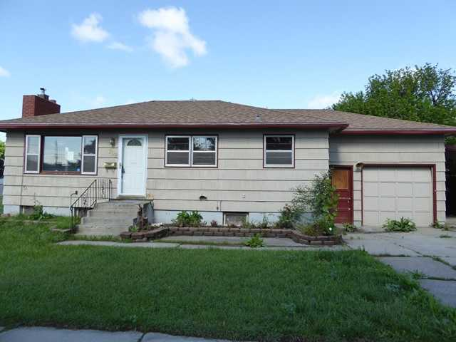 702 25th St W, Billings, MT 59102