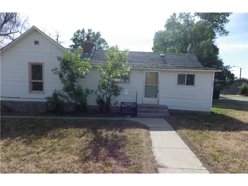 302 North St, Fromberg, MT 59029