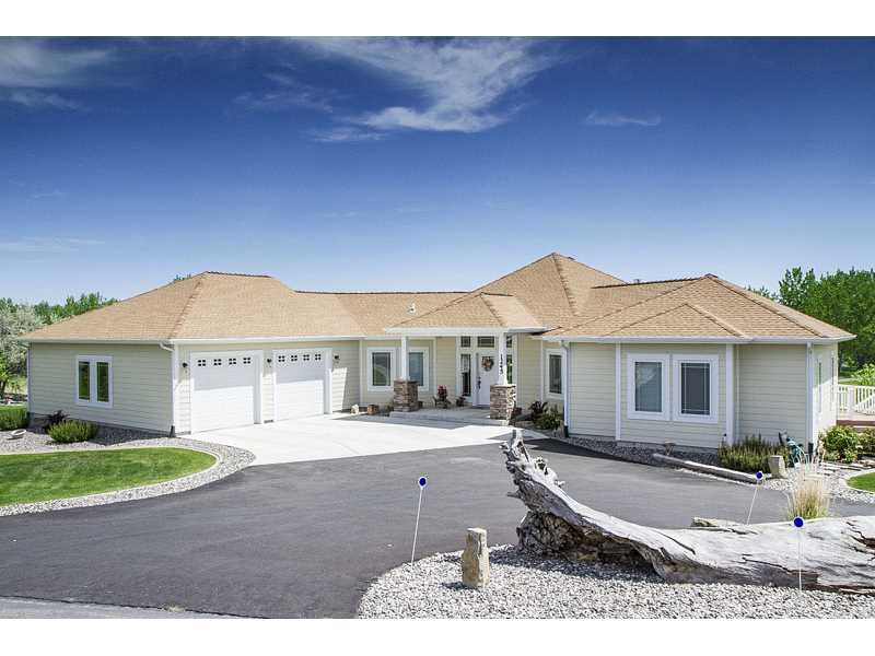 1245 Chipper Ln, Huntley, MT 59037