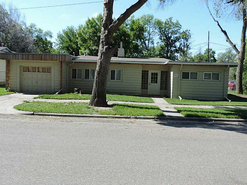 412 E 6th St, Laurel, MT 59044