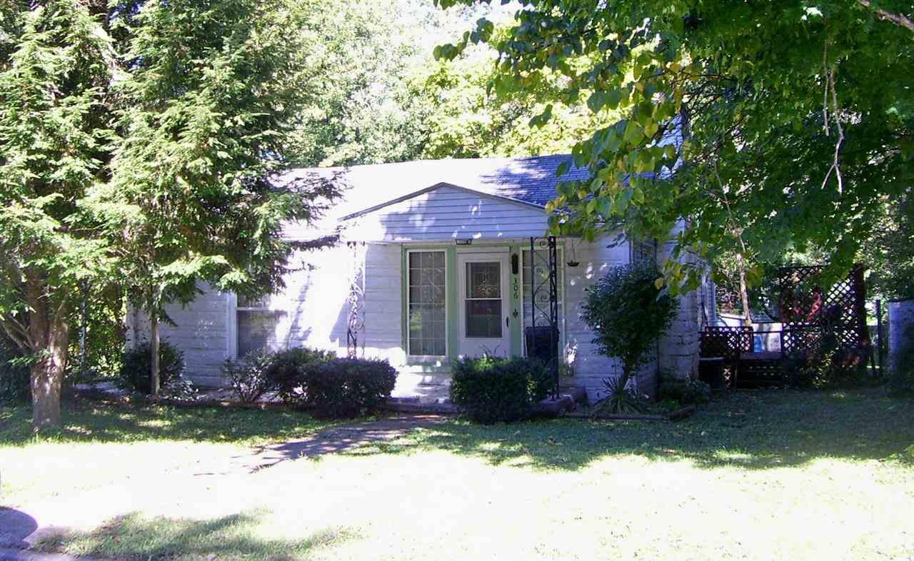 306 W Harrison St, Orleans, IN 47452