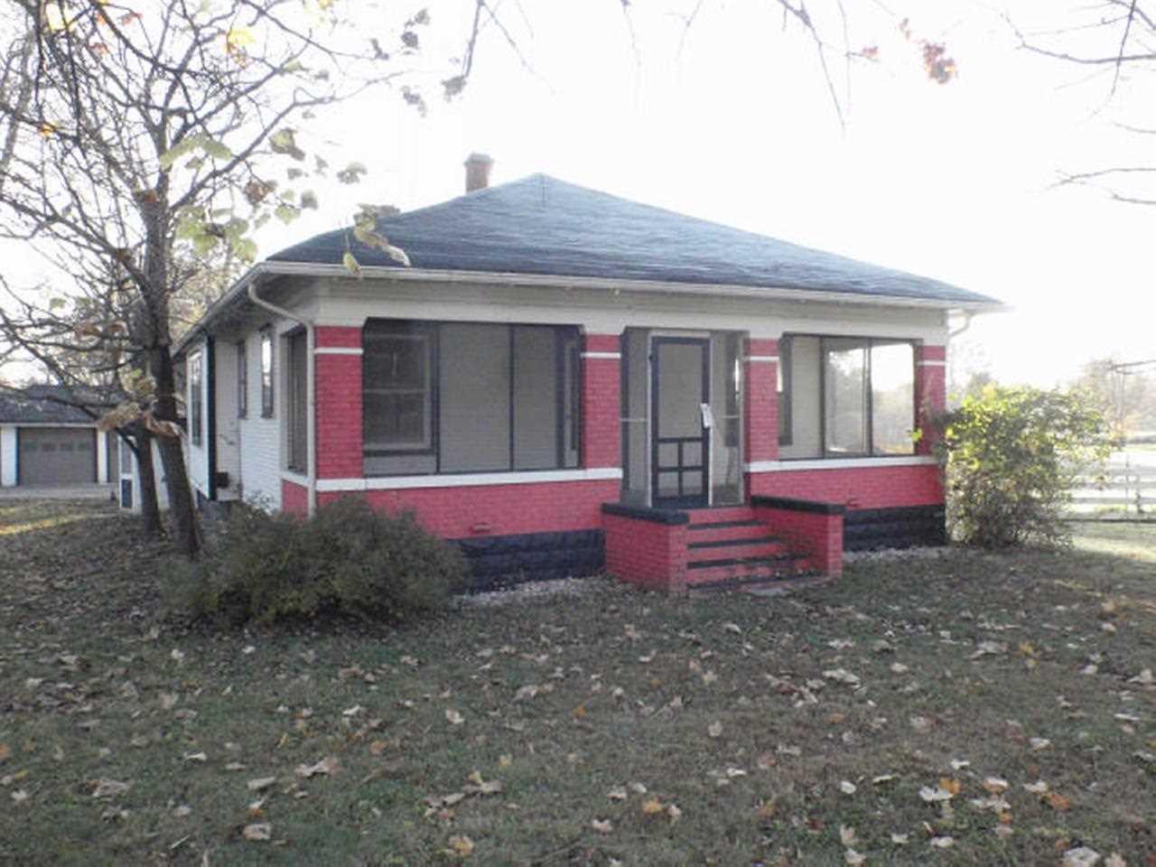 2370 Dixie Hwy, Bedford, IN 47421