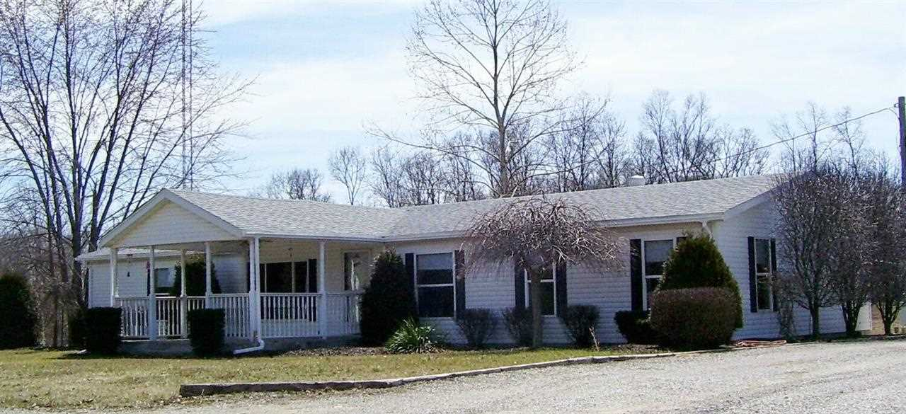 174 Eagleview Dr, Mitchell, IN 47446
