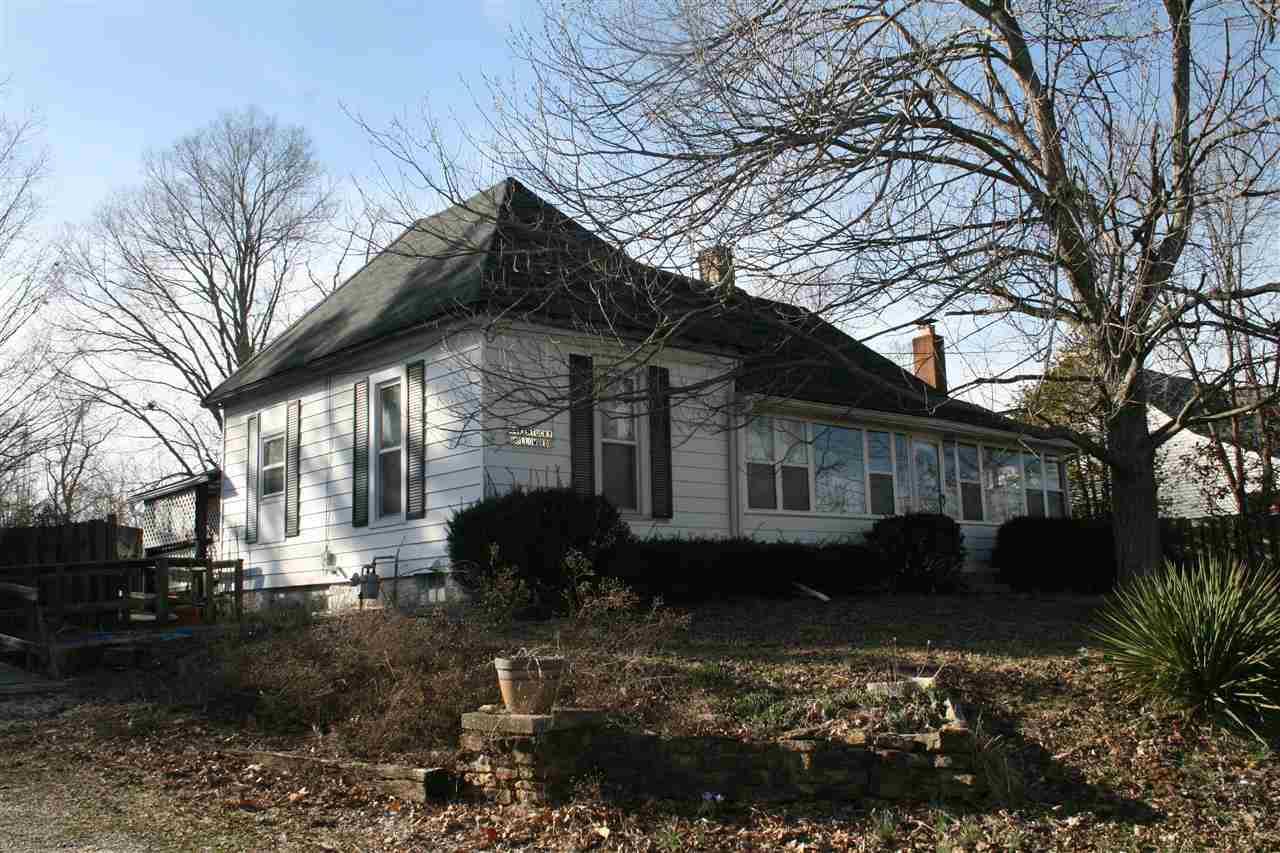 44 Kentucky Hollow Rd, Bedford, IN 47421