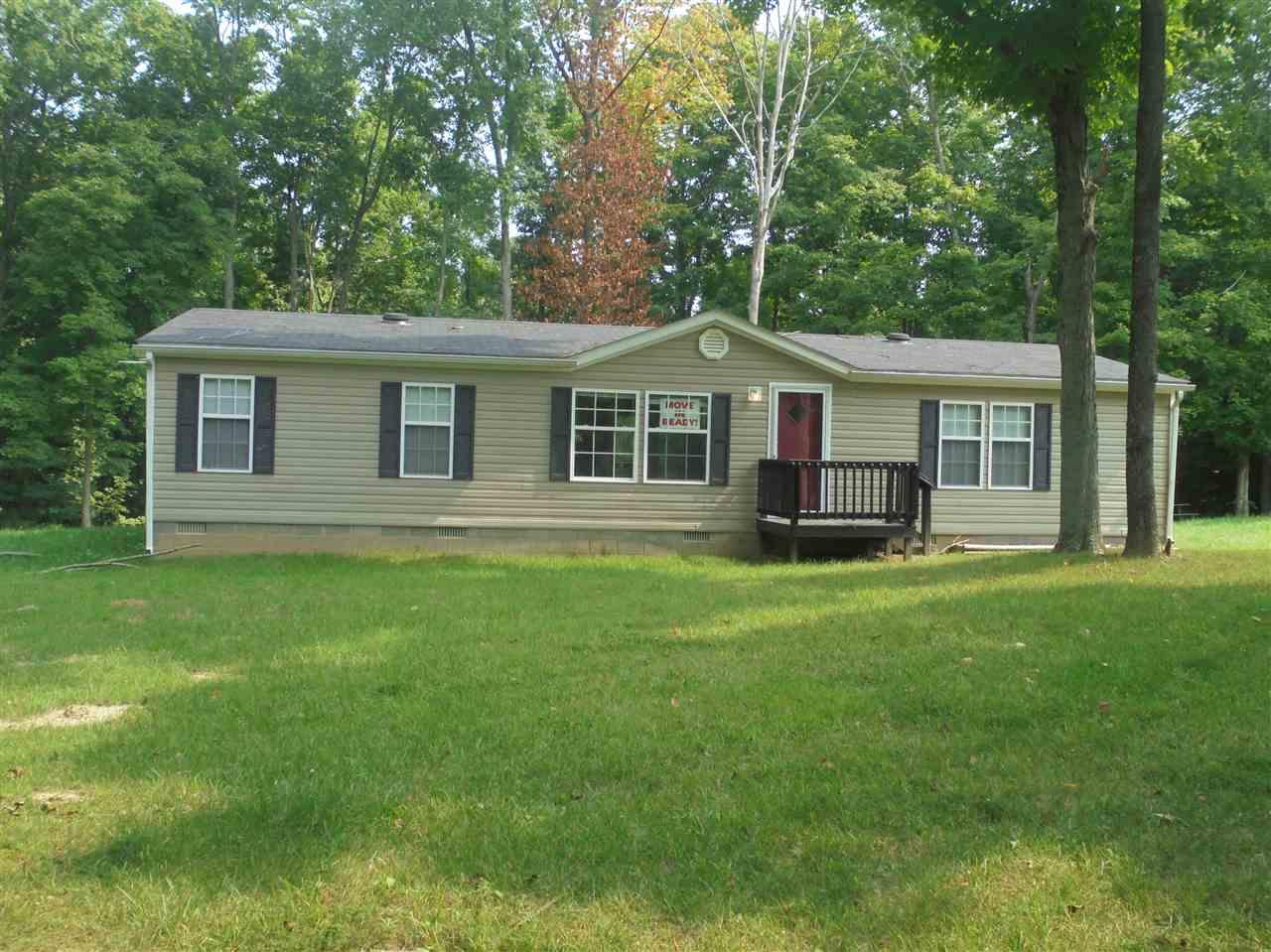 Real Estate for Sale, ListingId: 34906707, Loogootee,IN47553