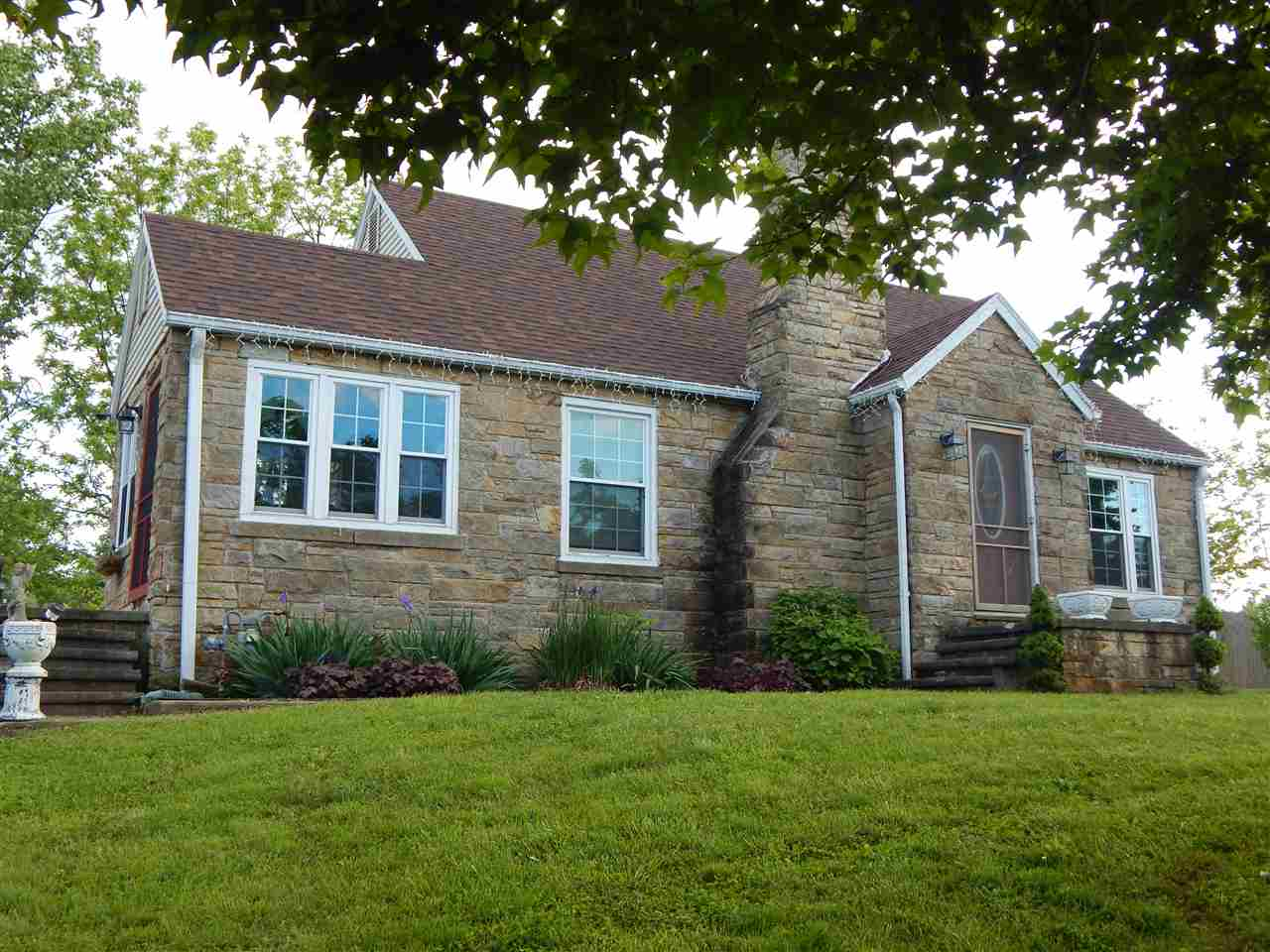 978 State Road 60 E, Mitchell, IN 47446