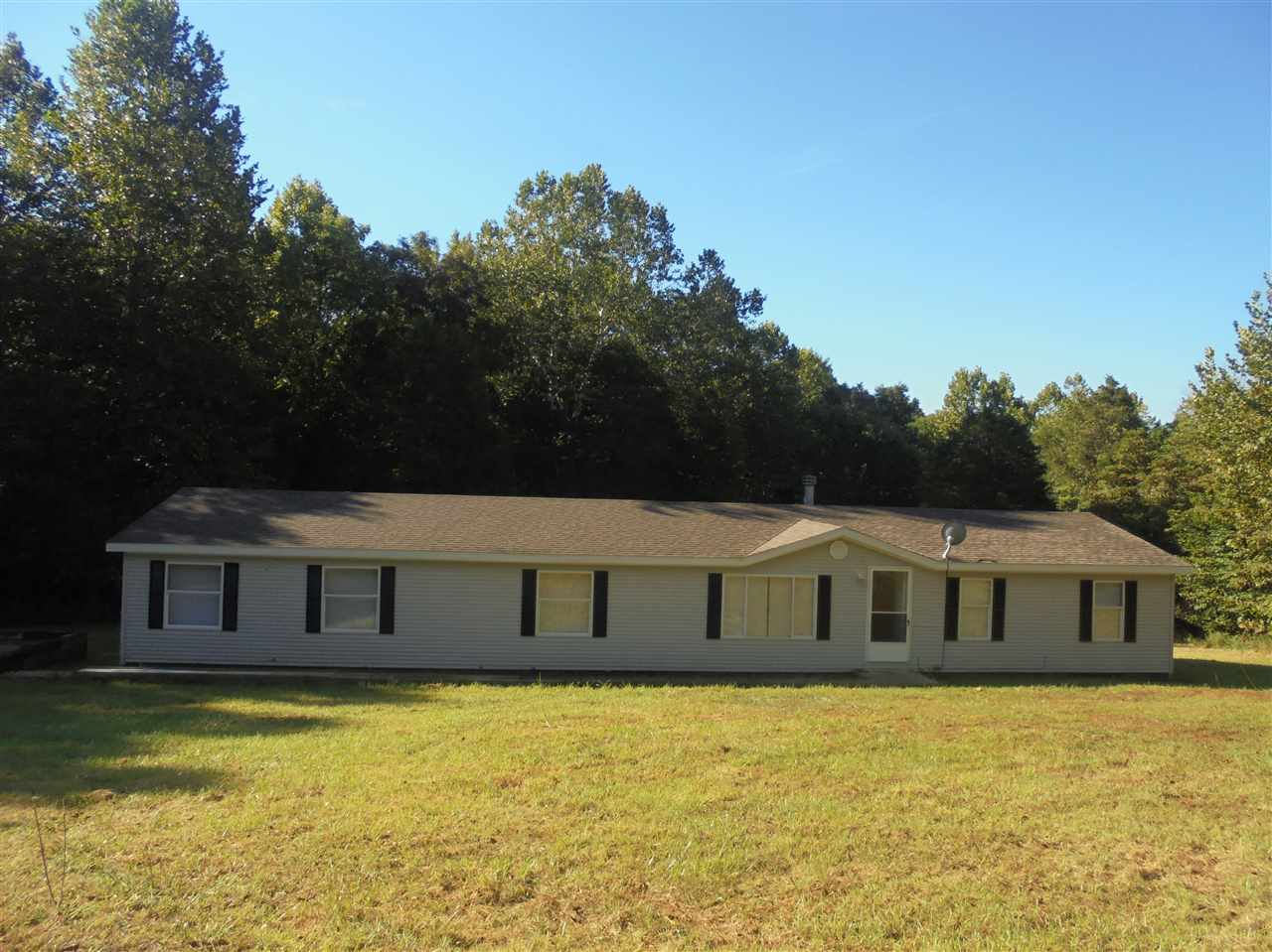 2214 S Leatherwood Rd, Bedford, IN 47421