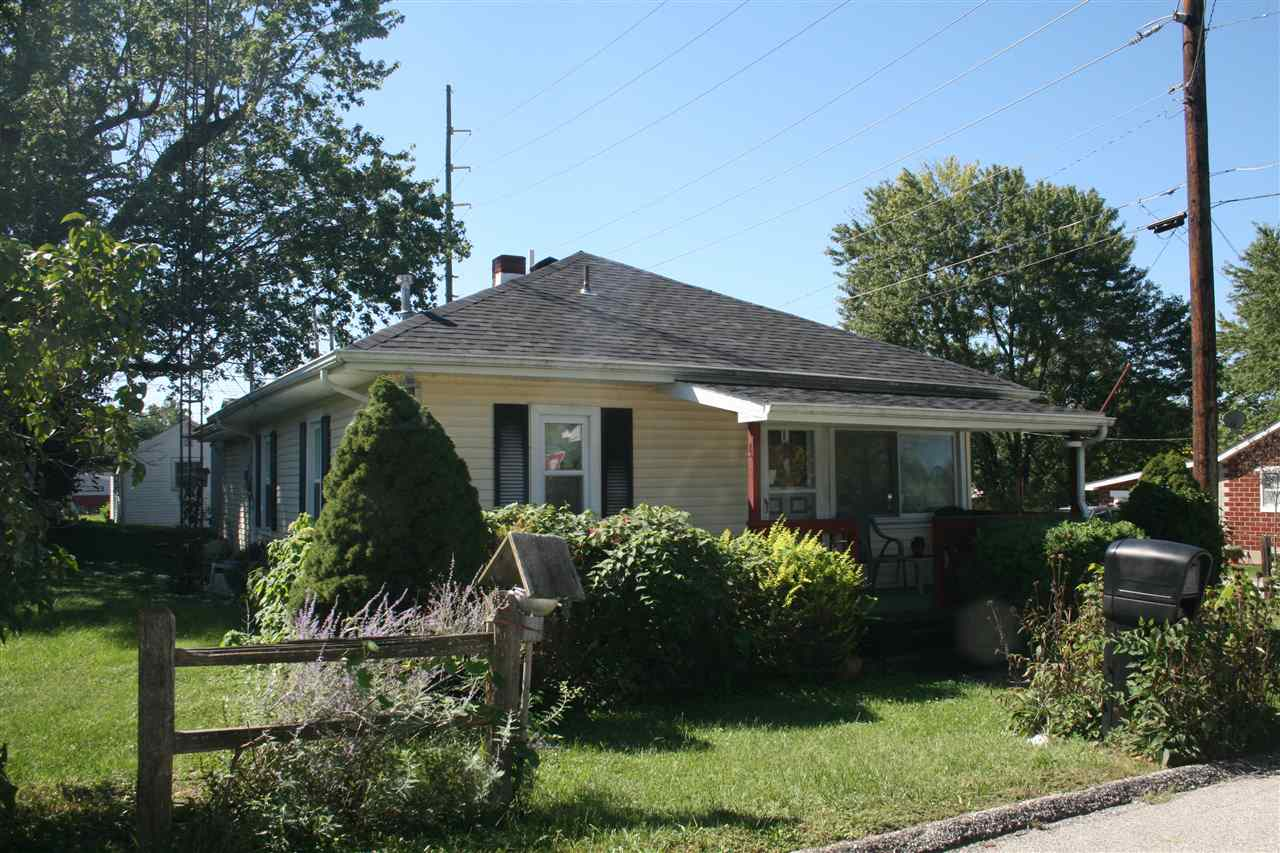2032 28th St, Bedford, IN 47421